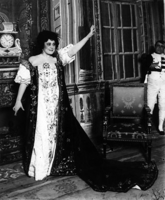 Virginia Fábregas en la obra Madame Saint Geve