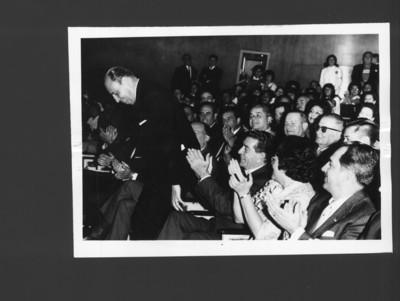 """""""Sealtiel L. Alatriste"""" en un Auditorio"""
