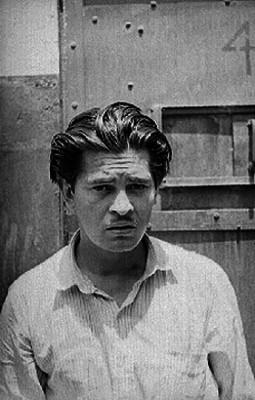 Hombre de clase humilde en una prisión, retrato