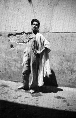 Homosexual en los patios de la penitenciaria del D.F, retrato