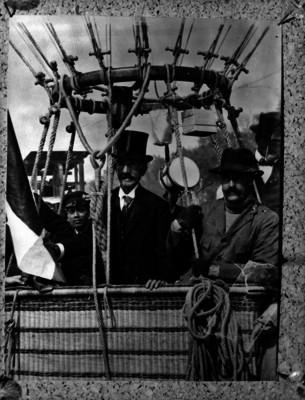 Joaquín de Cantoya y Rico en un globo aerostático