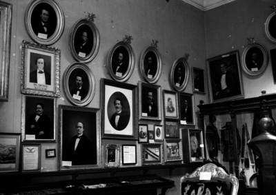 Salón de hombres ilustres del museo nacional de historia