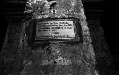 Placa conmemorativa en el convento de San Ángel