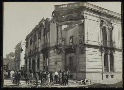 Edificio destruido en la calle de Balderas
