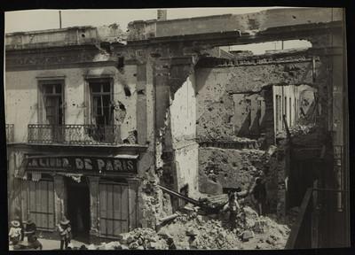 Edificio del callejón de Aranda después del bombardeo