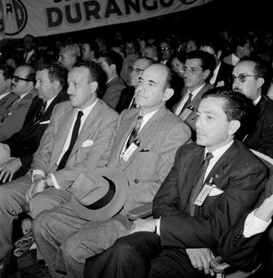 Delegados en la convención del PRI para elegir candidato