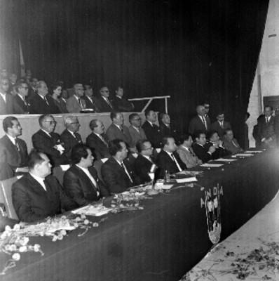 Miembros de la mesa directiva de la Anda