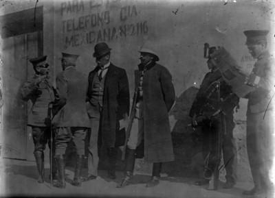 José Delgado, Victoriano Huerta, Ángel García Peña y Felipe Ángeles, discuten ataque a la Ciudadela