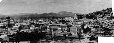 Vista panorámica del Reloj monumental y zona aledañas