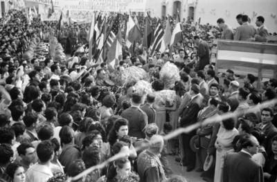 Miguel Alemán Valdés y comitiva son recibidos en Chilcuautla