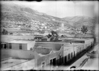 Vista parcial de Pachuca en la que se aprecia el edificio del Instituto Literario actualmente Universidad Autónoma del estado de Hidalgo