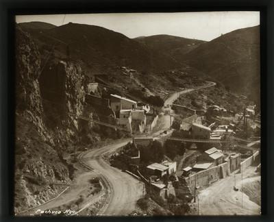 San Juan Pachuca vista desde el camino a Santa Ana