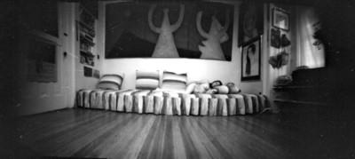 Desnudo de mujer en una cama