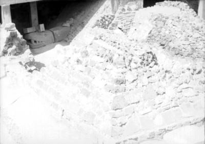 Plataforma del Templo Mayor con cabeza de serpiente adosada