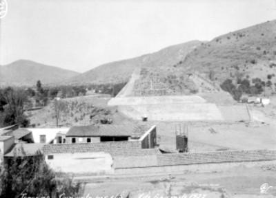 Panorámica del lado sur del sitio arqueológico de Tenayuca