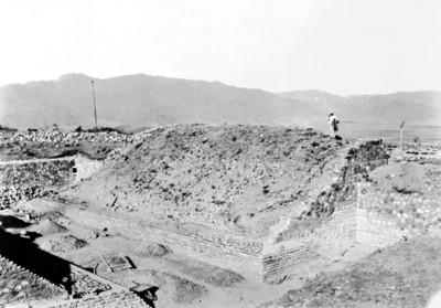 Vista del proceso de excavación del Juego de Pelota, panorámica