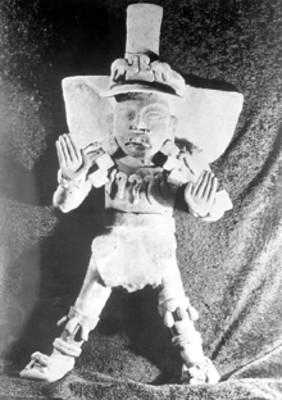 Figura de terracota de la Tumba 113