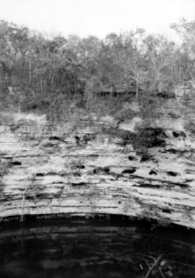 Vista de Cenote sagrado
