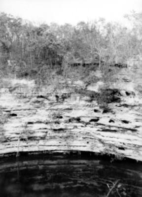 Cenote Sagrado, vista parcial