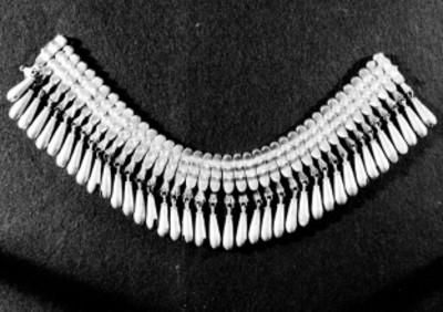 Collar de orfebrería prehispánica
