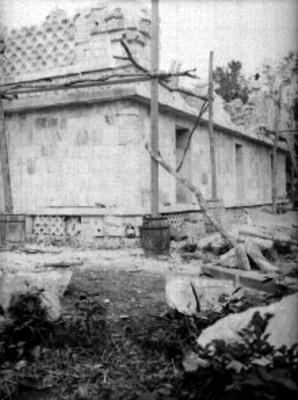 Vista del proceso de reconstrucción en el Templo de los Tres Dinteles
