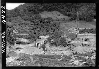 Trabajos de exploración del Edifico B en el Tajín