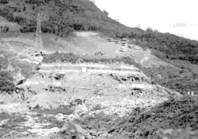 Panorámica de la zona arqueológica de Tajín durante los trabajos de desmonte