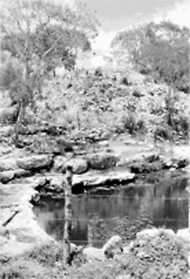 Vista parcial del cenote Xlacah