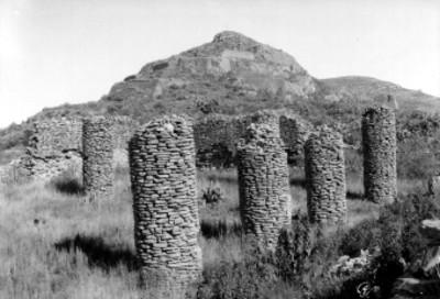 Columnas en sitio arqueológico de La Quemada