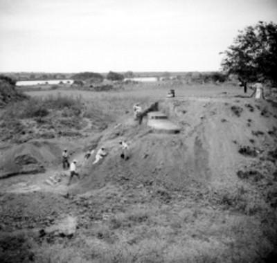 """Trabajos de excavación en el """"Edifico B"""", panorámica"""
