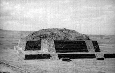 Monumento 4 en Calixtlahuaca