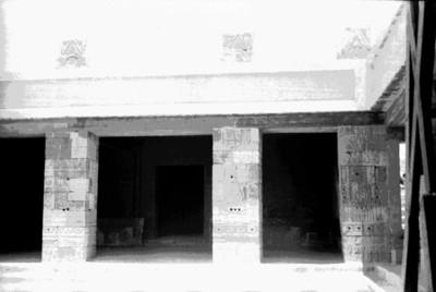 Vista del Palacio de Quetzalpapálotl, interior