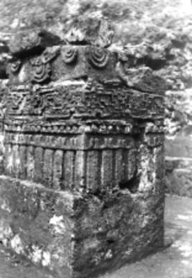 Detalle de una jamba en la Pirámide del Tepozteco, reprografía