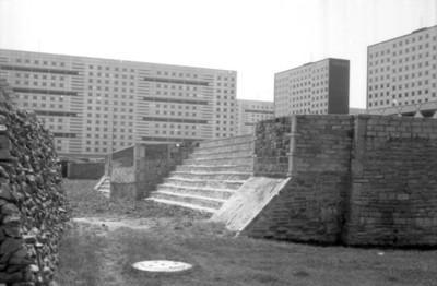 Vista del Gran Basamento y los conjuntos habitacionales de Tlatelolco