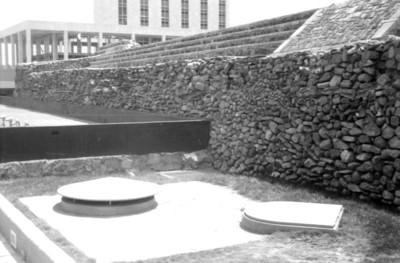 Vista de los nuevos sistemas de desagüe frente a la Plataforma Oeste en Tlatelolco