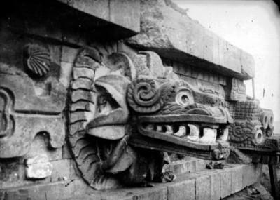 Detalle del tablero del Templo de la Serpiente Emplumada