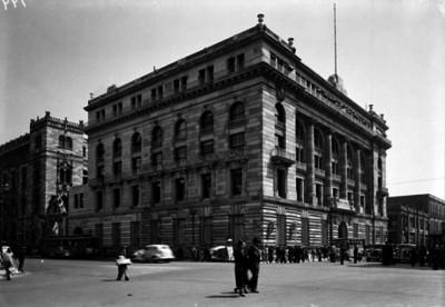"""""""Banco de México"""", exterior, vista parcial"""