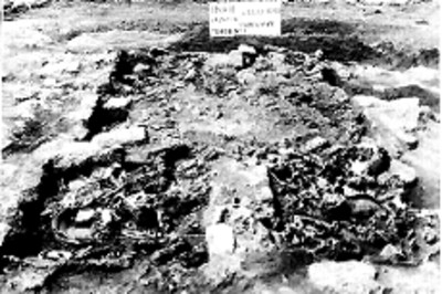 Detalle de excavación en la tumba número 1 de Teopanzolco, reprografía