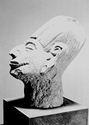Escultura en cerámica de cabeza humana