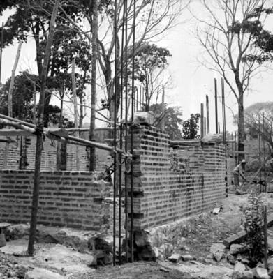 Obra en proceso de construcción en Palenque