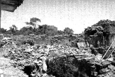 Trabajos de restauración y excavación en la fachada sur del Palacio, Palenque