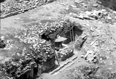 Trabajos de restauración arqueológica en el conjunto de El Palacio