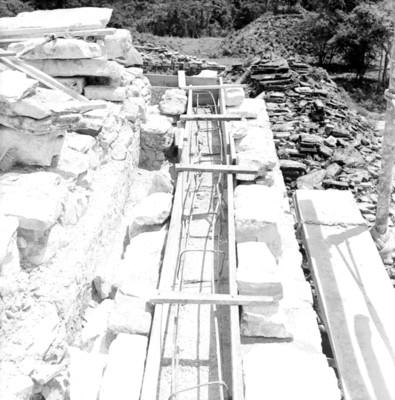 Instalación de castillos de varilla en la Torre del Palacio, Palenque