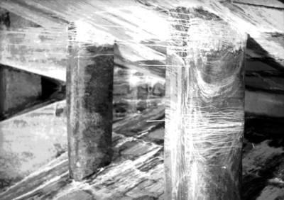 Escalones de la entrada a la tumba de Pacal con estalactitas, vista parcial