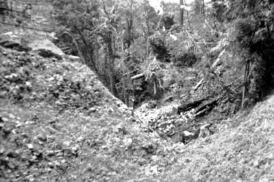 Trabajadores excarvan en la zona arqueológica de Palenque