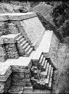 Vista parcial del Templo de las Inscripciones, ángulo este