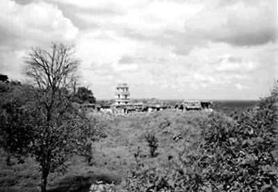 Vista parcial del Palacio desde el Templo de las Inscripciones