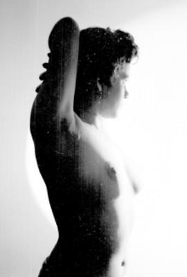 Mujer de perfil, desnudo