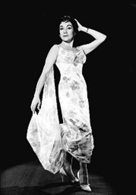 Stella Inda, con vestido largo