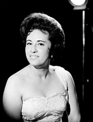 Rosa Alfa, cantante, retrato